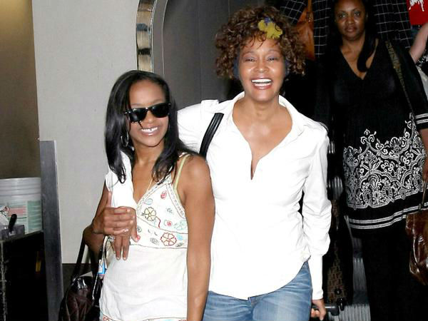 Bobbi Kristina Brown's Unresponsive, To Be Taken Home To Die Peacefully, Reports