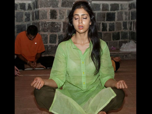 Shriya Saran Gym: International Yoga Day