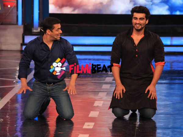 Arjun Kapoor With His Icon At Bigg Boss 8