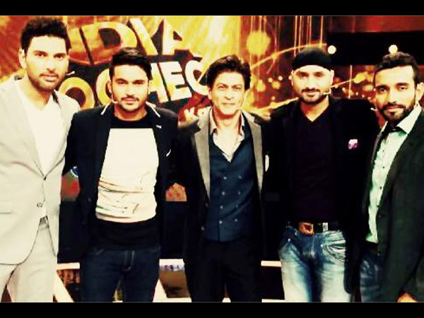 Shahrukh With Cricketers