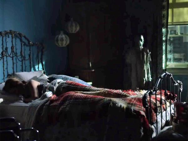 Insidious Chapter 3 | Insidious 3 Movie Review | Hollywood Movie Review - Filmibeat