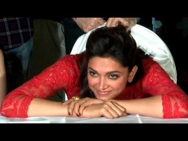 Deepika Padukone Funny Face | Deepika Padukone Cute Pics ...
