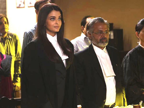 Aishwarya In Black Robe
