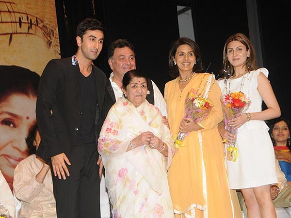Kapoor Family With Lata Mangeshkar