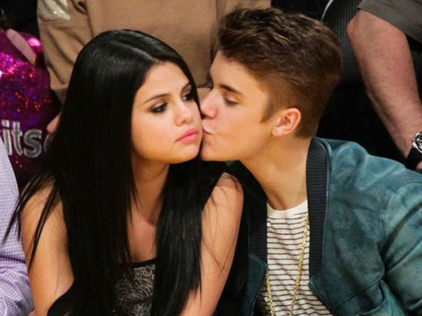 Justin Bieber's New Song Leaks, Fans Freak Out As They Feel It Is For Selena Gomez!