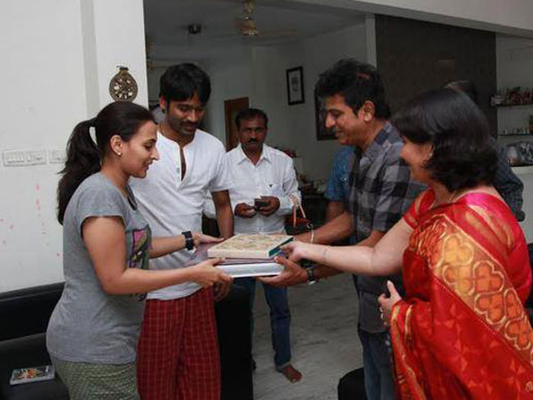 Mr & Mrs Shivarajkumar With Mr & Mrs Dhanush