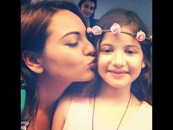 Sonakshi Kissing Cute Harshaali