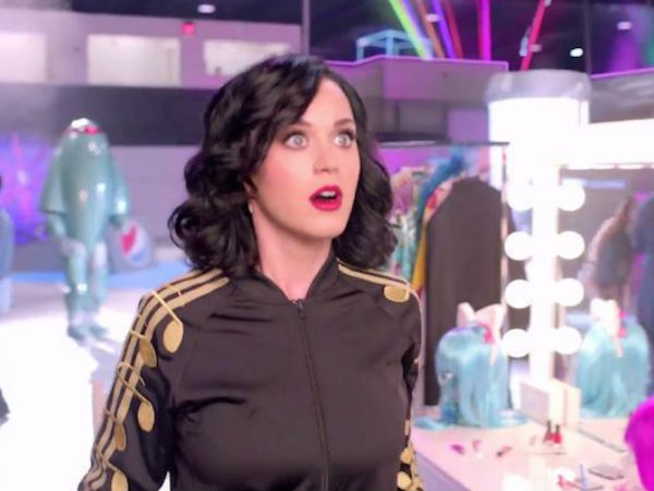 Tweet Gone Wrong: Katy Perry Ridiculed On Twitter Over Her Grammar!