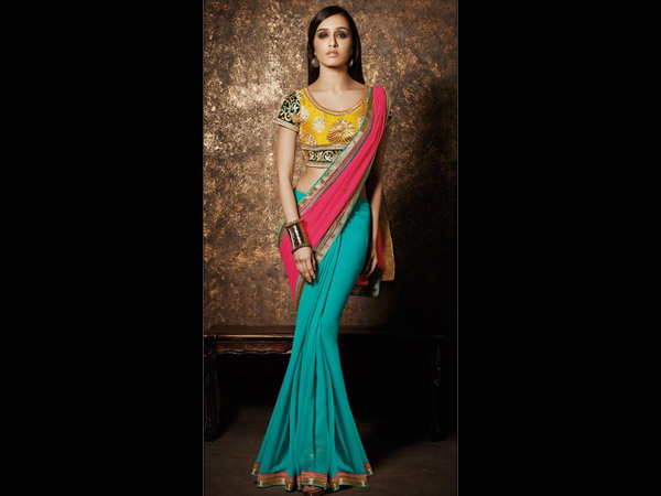 Shraddha In Sea-Green Party Wear Saree
