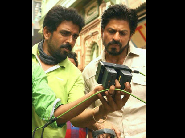 Shahrukh Paying Attention