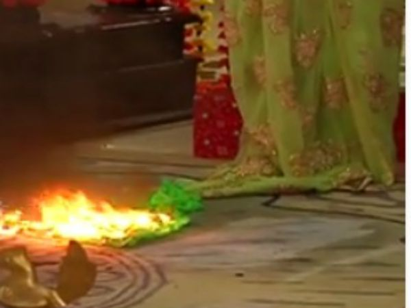 Ishaani Sari On Fire