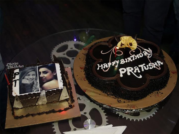 Birthday Cake Images With Name Raj : Pratyusha Banerjee Birthday Bash: Actress Celebrates B Day ...