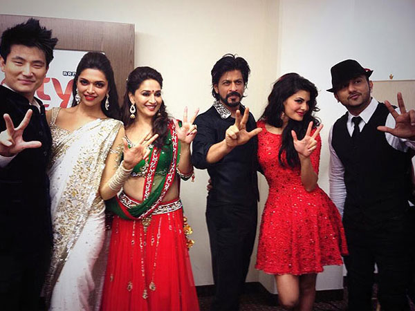 SRK-Jacqueline With Other Celebs
