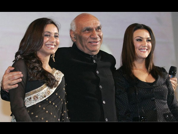 Rani Mukherjee With Her Father In Law