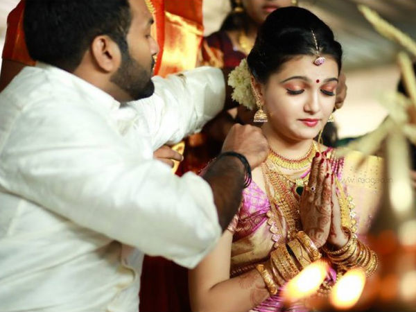 Thalikettu Ceremony