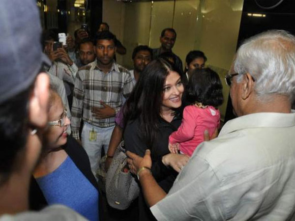 Aish Greeting Her Father