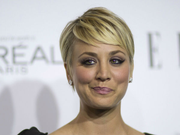 1: Tie Kaley Cuoco-Sweeting