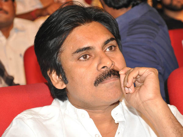 pawan-kalyan-donates-3-lakhs-for-the-damage-created-by-fans