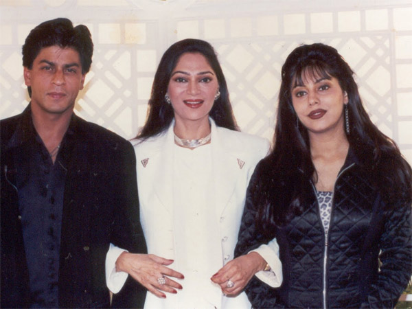 flashback pictures young shahrukh khan and gauri khan looking