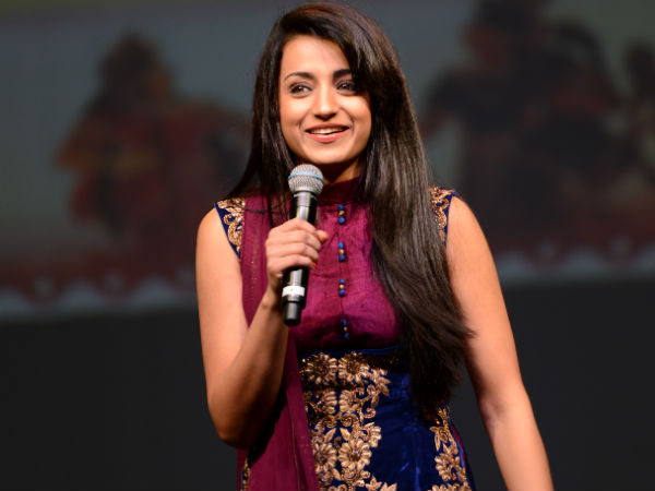 trisha-green-lit-nayaki-in-five-minutes