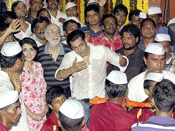 Salman Khan Family Celebrated Ganesh Chaturthi Filmibeat