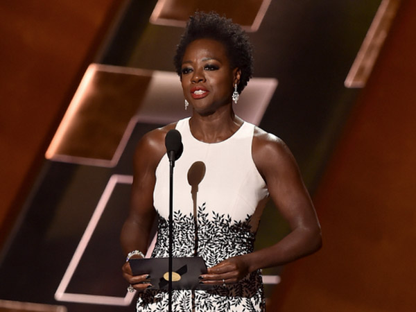 Viola Davis Makes Emmys History, Becomes 1st African-American To Win Best Actress In Drama