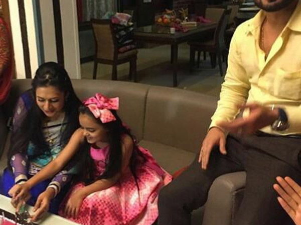 Celebrations On Yeh Hai Mohabbatein Sets