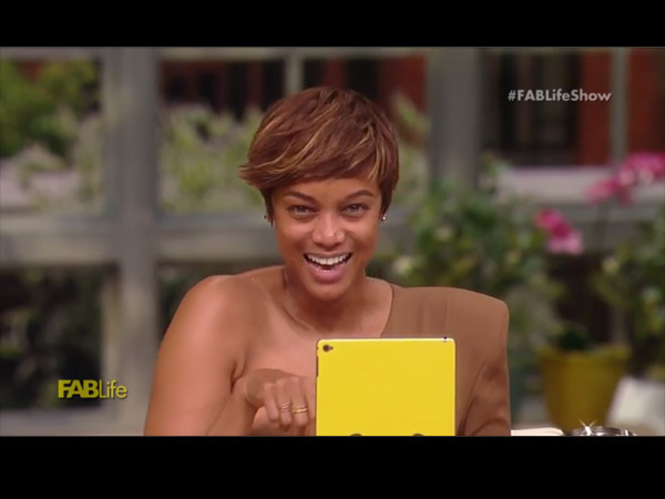 FABulous: Tyra Banks & Chrissy Teigen Go Makeup Free on FABLife