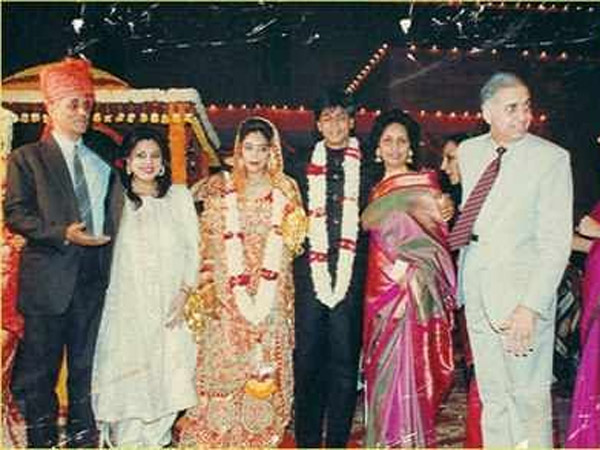 Flashback Pictures When Shahrukh Khan Married Gauri On