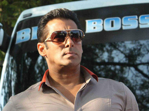 Salman Khan Is Miffed With Questions Regarding His Bigg Boss 9 Pay!