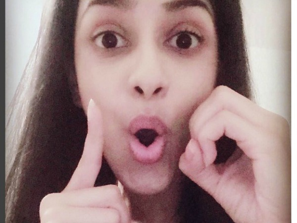 Meri Aashiqui Tum Se Hi's Ritika Aka Smriti Khanna Hits 100k Followers On Instagram; Thanks Fans