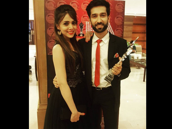 Mehta And His W... Nakuul Mehta And His Wife
