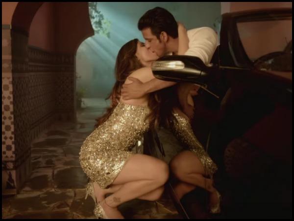 Desi Couple Kissing Porn Videos  Pornhubcom