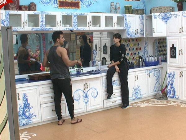 Bigg Boss 9: Post Weekend Episode Mandana & Prince To Have Issues!