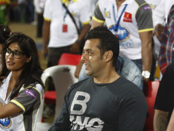 Salman With Chitrangada