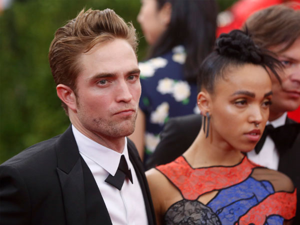 Shocking! Robert & FKA Twigs Split up?