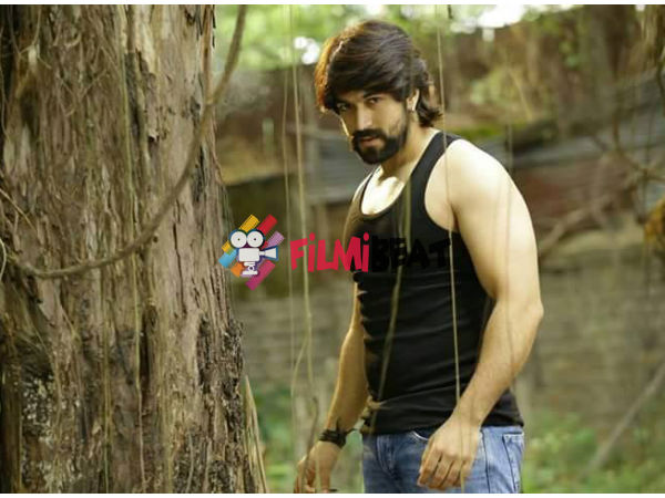 PIC TALK: Yash's Masterpice Is Year End Blockbuster Of 2015!