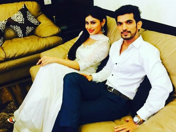 Meri Aashiqui Tum Se Hi-Naagin Actor Arjun Bijlani Celebrates Birthday; Shares Pic With His Son