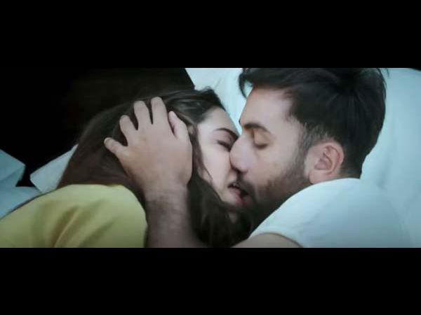 Censor Cuts Ranbir & Deepika's Kissing Scene In Tamasha ...