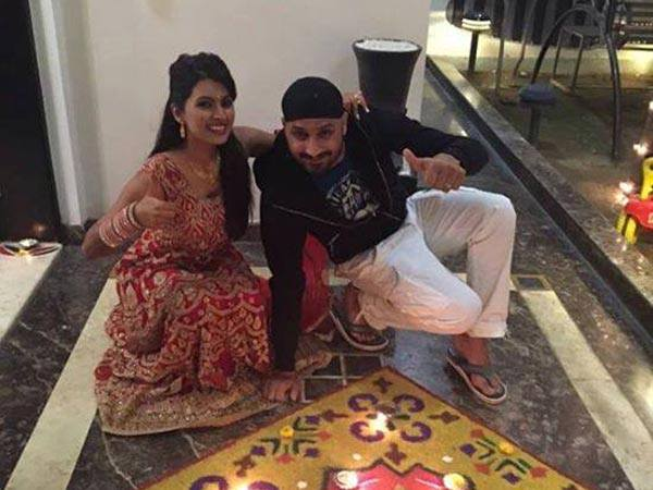 Geeta-Harbhajan's First Diwali Post Wedding