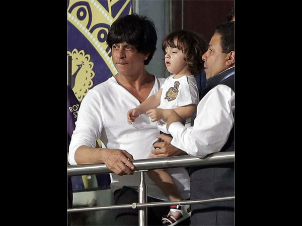 Shahrukh-AbRam At The IPL Match