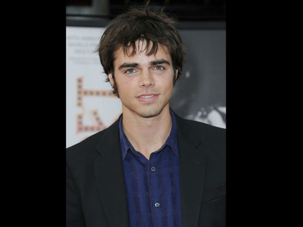Reid Ewing Took To Twitter To Announce He's Gay