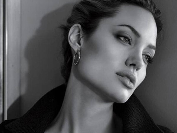 Angelina Jolie – Breast Cancer