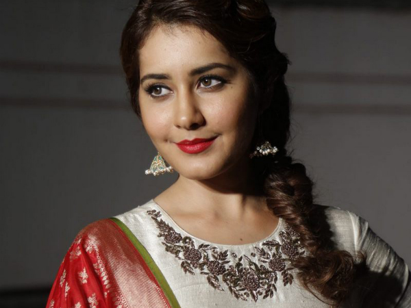 Rashi Khanna To Host A Grand Party For Industry Friends