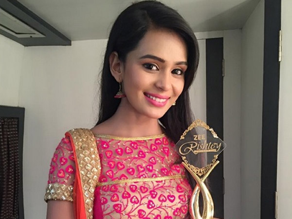 Sonal Aka Survi From Yeh Vaada Raha: Zee New Sadasya Award