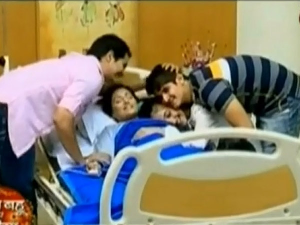 Akshara With Family