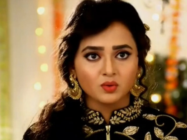 Tejaswi Waited For Answer!