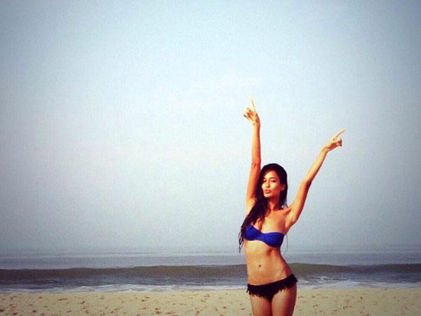 Mindblowing: 10 Bikini Pics Of Lisa Haydon From Instagram!