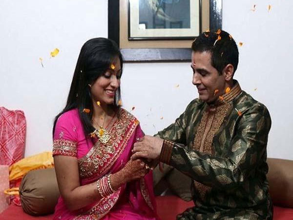 In Pic: Aman-Vandana Exchanging Rings