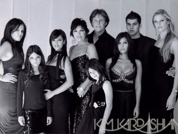 The Kardashians Release Christmas Card 2015: Features Only Kris' Grandchildren!